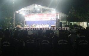HIKMAT : Pendekar Siaga saat mengikuti istighosah dan doa keselamatan bangsa di halaman depan Makodim 0811 Tuban
